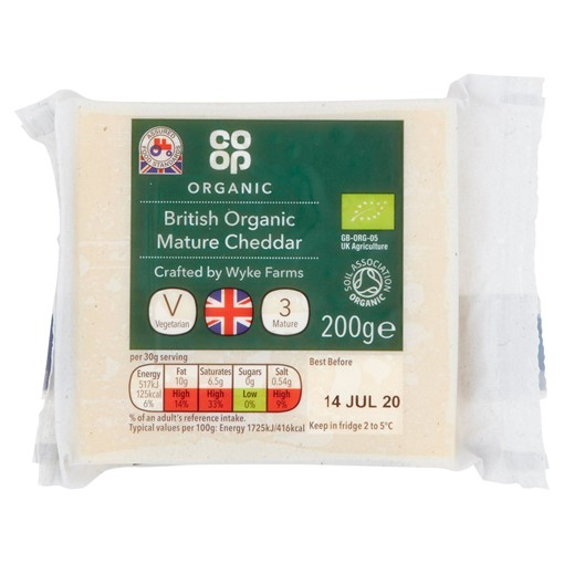 Picture of Co-op British Organic Mature Cheddar 200g